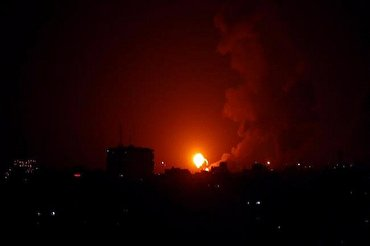 Zionist Warplanes Bomb Northern Gaza